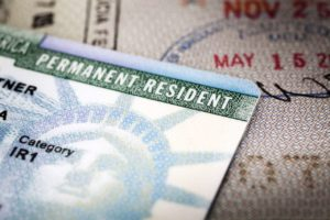 Зачем нужна Green Card